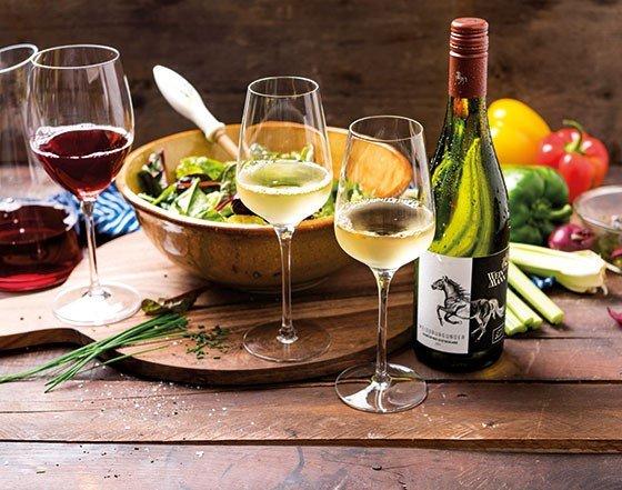 Gemütlicher Weinabend in der SVH